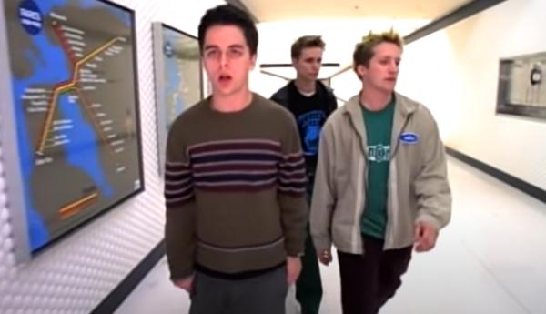 Green Day - When I Come Around Video